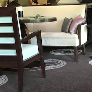 京王プラザホテル アートラウンジデュエット